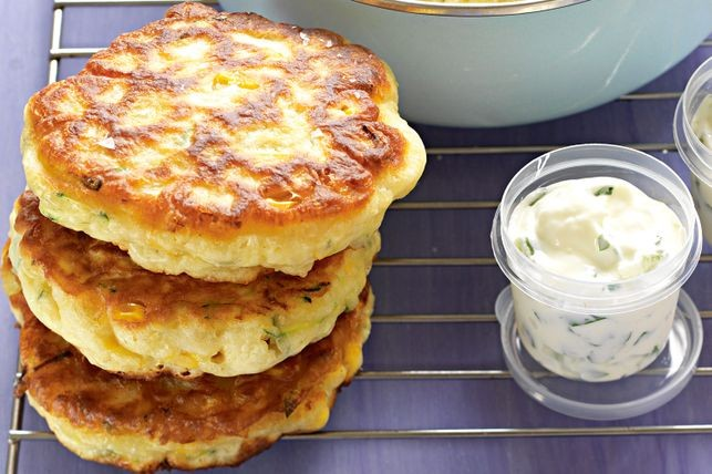 sweetcorn-and-zucchini-fritters-27602-1